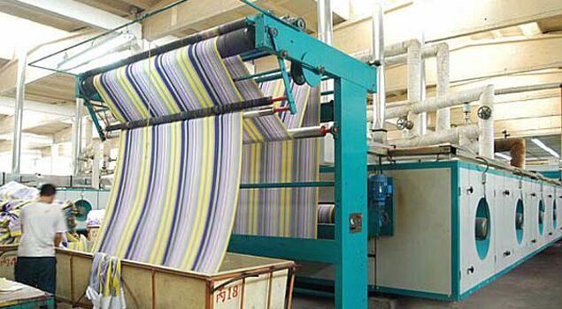 印染也环保,服装厂用蒸汽发生器供热定型机