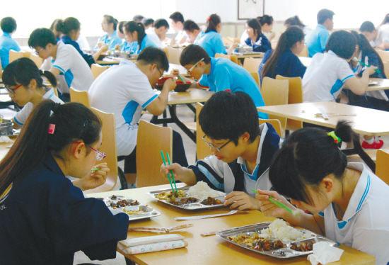 食堂用食品加工蒸汽发生器蒸出营养健康,守护孩子成长。