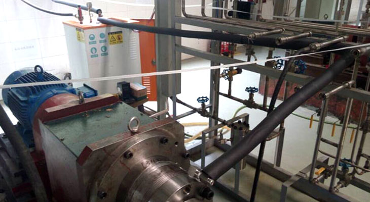 包装加工厂使用燃煤锅炉效率不高,改用电加热蒸汽发生器好吗?